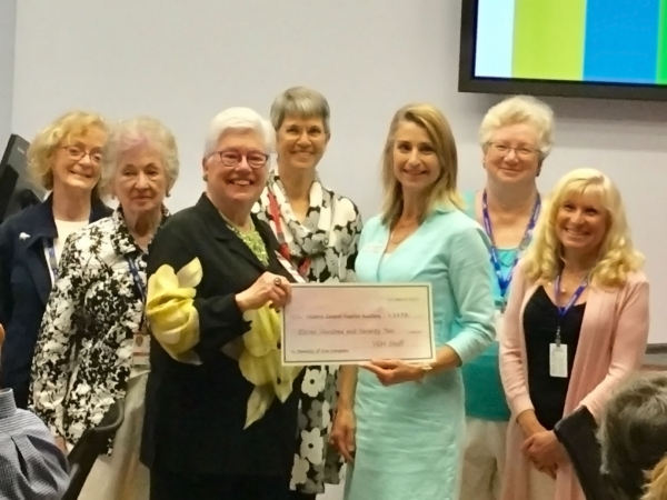 Auxiliary wins excellence in volunteering award from Island Health